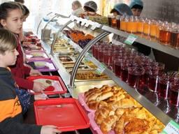 Линия раздачи Foodmebel для школьной столовой из нержавейки с направляющими