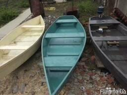 Лодки деревянные, вёсла