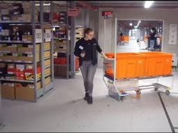 Логистические контейнера, тележки и складские стеллажи