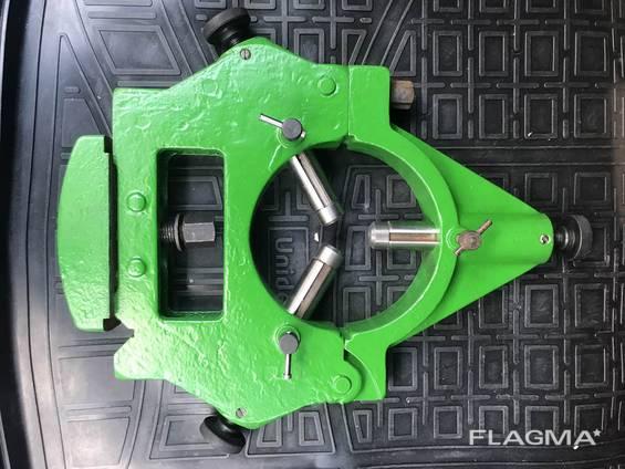 Люнет неподвижный 16к20, диаметр 180 мм.