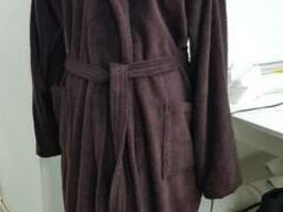 Коричневые махровые халаты в ассортименте