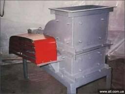 Машина рубительная для переработки кусковых отходов древесин