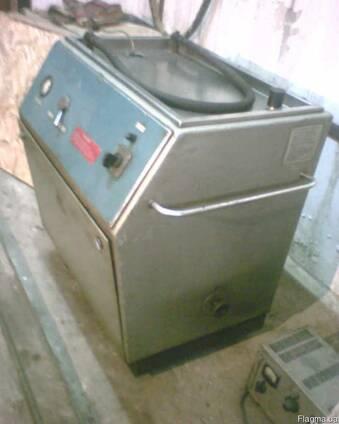 Маслоочистительную машину СОГ-903Б, в отличном состоянии.