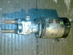 Маслопрокачивающий насос дизеля К-661