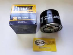 Масляный фильтр Mazda - Hengst