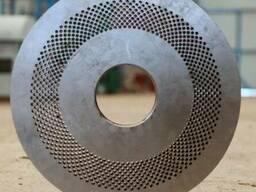 Матрицы плоские и ролики для грануляторов древесных пеллет - фото 3