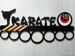 Медальница Karate