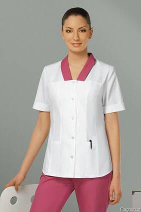 Медицинский костюм, женский, белый-фуксия, заказ на пошив.