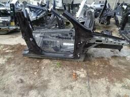 Mercedes X166 (Мерседес X166) 12-14 г. Четверть: передняя
