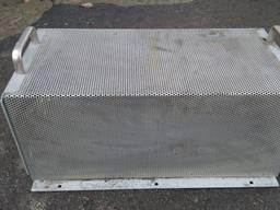 Металевий ящик (корпус, каркас) для монтажу (сборки).