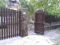 Штакетный металлический забор (евроштакетник)