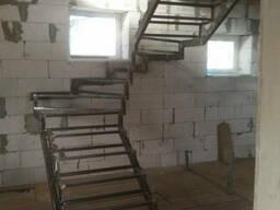 Металлокаркас лестницы по обшивку КЛ-106