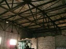 Металлоконструкция двух скатной крыши. фермы 15м. здание 15