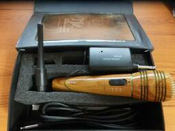 Микрофон для караоке беспроводной WM-320-под дерево.