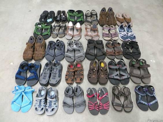Микс обуви Teva. 30 паp. Pазмеры : 37 - 48.