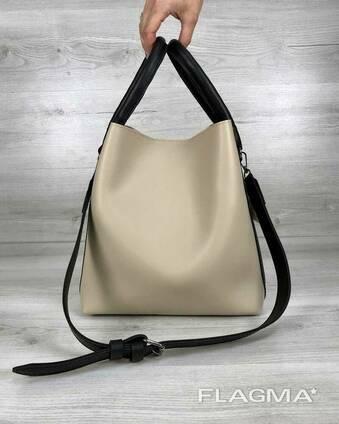 Молодежная женская сумка Леора бежевого цвета
