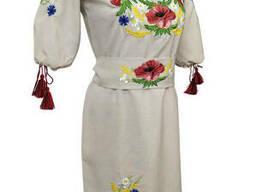 Молодежное подростковое вышитое платье с растительным орнаментом