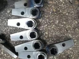 Молотки и противорежущие для дробилки ИРМ-50