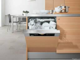 Монтаж электрической посудомоечной машины