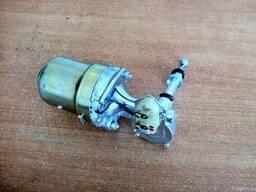 Моторчик (двигатель) стеклоочистителя УАЗ 469
