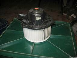 Моторчик печки Hyundai Elantra 97113-2H000