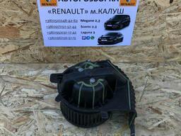 Моторчик пічки Renault Scenic 2 03-09р. (Вентилятор пічки Рено Сценік ІІ)