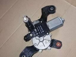Моторчик стеклоочистителя Opel Astra J Sport tourer 13395013