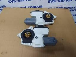 Моторчик стеклоподъемника Man TGX левый 81286016137, правый 81286016138