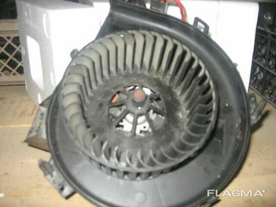 Моторчик вентилятор печки Opel Combo