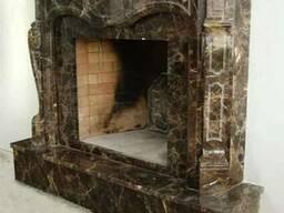Мраморный камин. Камин из мрамора Emperador Dark.