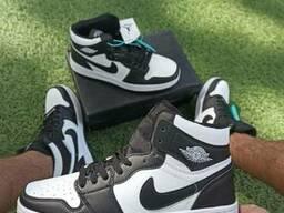 Мужские кроссовки Nike Air Jordan 1 High черно белые