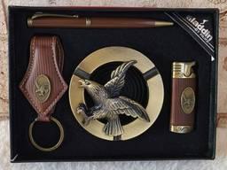 Мужской подарочный набор пепельница зажигалка брелок