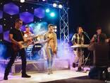 Музика на весілля Кавер гурт Фіра, Cover Band Fira, музикант - фото 4