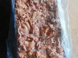 Мясо куриного окорока без шкуры