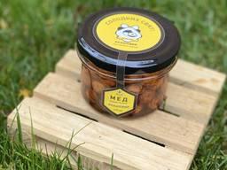 Мёд с орехами