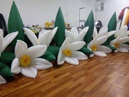 Надувные гирлянды и цветы Inflatable lanterns and apartments