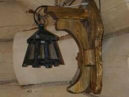 Настенный светильник из дерева №2