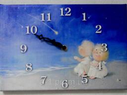 Настенные часы на холсте