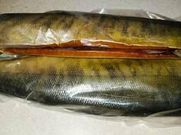 Нерка рыба холодного копчения тушка без головы потрошеная