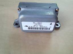 Nissan Pathfinder R51 блок ESP 98800-EB300