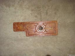 Нижняя крышка в фартук в сборе с насосом к ст-ку 1К62