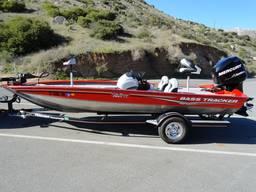 Номера и наклейки на лодки и катера