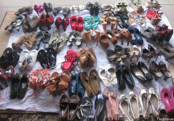 Новая обувь Аndrea Вata на вес по 17,5 евро за кило.