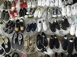 Новая спортивная обувь, кроссовки из Англии по 24 евро/пара.
