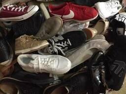 Новая спортивная обувь немного б/у, кроссовки из Европы.