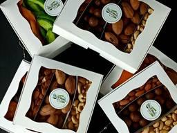 Подарочный набор орехи\сухофрукты
