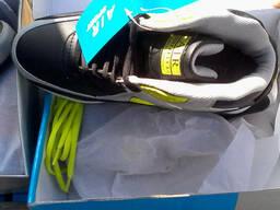 Новые женские кроссовки из Германии на вес по 15,5 евро/кг. - фото 2