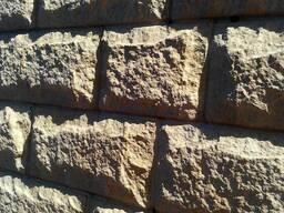 Облицовочная фасадная термопанель PS.Колотый камень.
