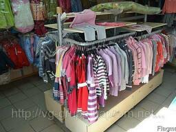 Стойки и стеллажи, вешала для магазинов одежды и обуви