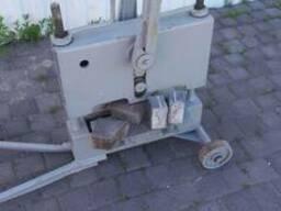 Оборудование для рубки тротуарной плитки, бордюров, гранита.